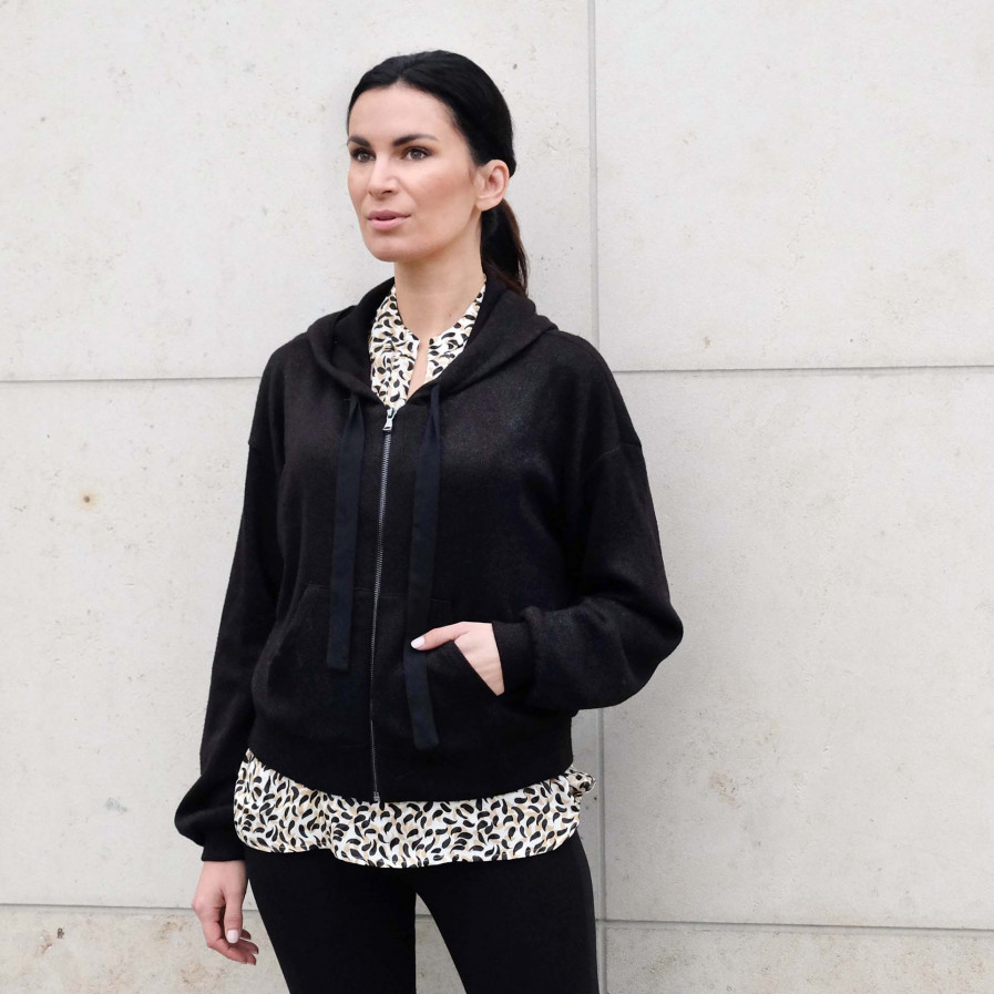Renata Sweater 1